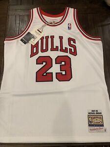 100% Authentic Michael Jordan Mitchell & Ness 97 98 Bulls Jersey Size 48 XL Mens