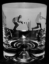 *CRICKET GIFT* - Single Boxed GLASS WHISKY TUMBLER with CRICKET SCENE FRIEZE