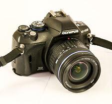 Olympus E-450 avec Zuiko Digital 14-42 mm 3.5-5.6