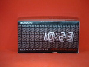 Pre Owned Vintage Magnavox LCD Radio Chronometer 308