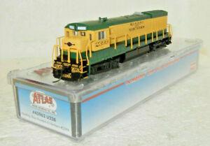 Atlas N Scale DCC Ready Reading, Blue Mountain & Northern U23B Diesel #2399