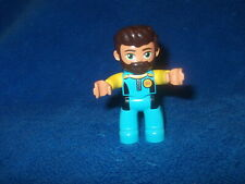 Lego Duplo Ville 1 X PERSONNAGE mâle Grand-Mère Grand-mère Lunettes Cheveux Gris Grand-père WOW