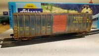 Athearn Roundhouse HO Golden West 50' Weathered boxcar Railbox type patched