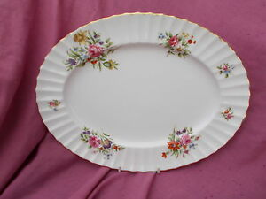 Royal Worcester ROANOKE Oval Meat Dish 13 1/2 x 10 1/4 inches