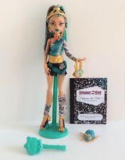 Monster High 2012 Original Signature Nefera De Nile Doll Excellent condition L3