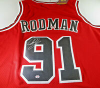 DENNIS RODMAN / HALL OF FAME / AUTOGRAPHED CHICAGO BULLS THROWBACK JERSEY / COA