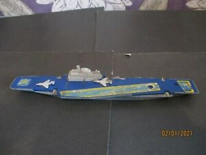 Matchbox SeaKings Aircraft Carrier K304 Spares or Repair