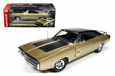 AUTO WORLD 1:18 AMERICAN MUSCLE 1970 DODGE CHARGER R/T SE 50TH ANNIVERSARY CAR