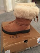 Genuine Ugg Ultimate Bind Boots Tan Suede Size 3.5