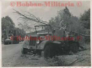 P34 Frankreich Rethel Panzer-Regt.11 combat  SdKfz Halbkette Treffer Panzer 35 t