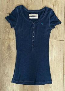 Abercrombie & Fitch Girl's T Shirt Blue Button Medium S/S Cotton Blend Stretch
