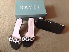 BEAUTIFUL LADIES BLACK SLIP ON SHOES & MATCHING BAG by RAVEL SIZE U 4 IMMACULATE