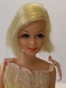 Vintage Barbie Doll Barbies Friend TNT CASEY Mint Condition Blonde.