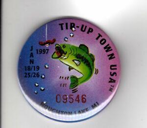 1997 TIP UP TOWN BADGE PIN PINBACK-MICHIGAN DEER BEAR FISHING PATCHES
