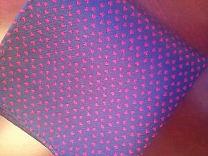 "HEARTS!  New 10"" 100% Silk Pocket Square  Navy w Red Hearts-22"