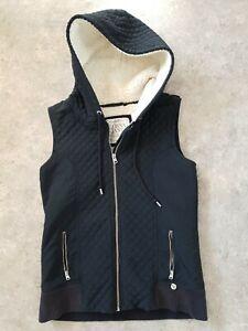 Lorna Jane Vest Size M