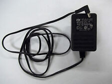 5 Volt DC ZIP RWP48050 120VAC 1W 5V 1A Power Supply Adapter
