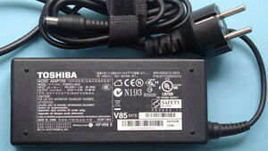 Ladekabel Toshiba Satellite Pro 6000 Sp6000 SP6100 A10 T9100 T9000 Netzteil