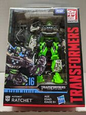 Transformers Studio Series #16 Deluxe Class Autobot Ratchet