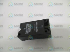 GENERAL ELECTRIC CR215DGR1 RECEPTACLE *USED*