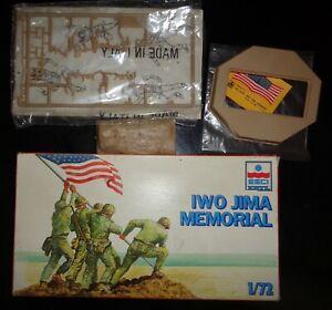 Form an Estate, a 1/72 ERTL ESCI # 8353 Iwo Jima Memorial Model Kit