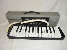 Hohner Melodica Piano 26 with Hose