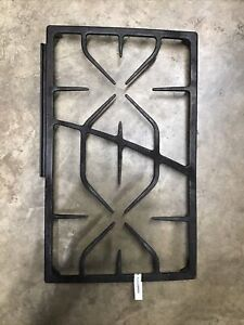 WB49X10076 GE Monogram Gas Cooktop Right Hand RH Cast Iron Grate