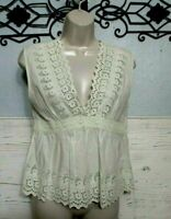 American Eagle Top Size M Sleeveless Ivory Summer Blouse