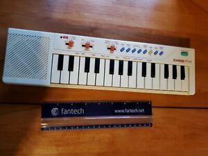 Casio Electronic Keyboard PT-10 Vintage Mini Portable Piano White Rare