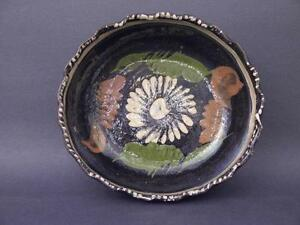 """Early to Mid 20th C Tlaquepaque, Mexico 8"""" Serving Bowl, Black Glaze With Floral"""