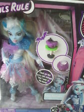 Monster High Ghouls Rule-Abbey Bominable. nuevo & OVP. versión US.