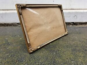 """VINTAGE CONVEX GLASS BRASS METAL FRONT PHOTO PICTURE FRAME 5 1/2""""W X 3 5/8""""D"""