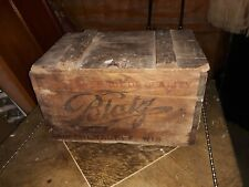 Antique Wood WOODEN BLATZ BEER CRATE Box WITH HINGED LID