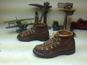 VINTAGE MADE IN PORTLAND USA DISTRESSED DANNER BROWN LEATHER BOOTS 8.5 M