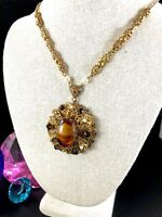 WEST GERMANY GOLD-TONE CHAIN NECKLACE TOPAZ CABOCHON RHINESTONE ORNATE PENDANT