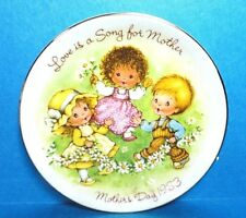 "Avon 1983 Mother's Day Plate ""Love Is A Song For Mother"" Free Shipping Nb"