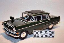 Opel Kapitän Polizei • 1961 • Revell • 1:18