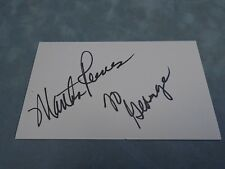 AUTHENTIC AUTOGRAPH **MARTHA REEVES (SINGER)**  C.O.A STK#A1