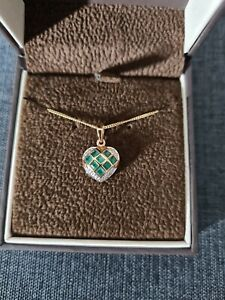 9ct Yellow Gold Emerald And Diamond Necklace