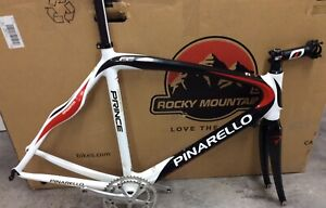 PINARELLO PRINCE CARBON FRAME  MOST EXTRAS NEW CARBON SEATPOST 56 Cm REPAIRED