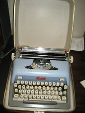 Refurbished Royal Baby Blue Futura 800 Manual Typewriter w/hard case w/warranty