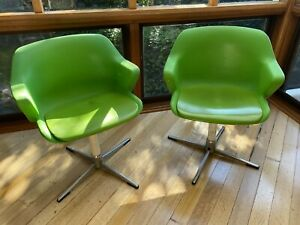 2 x Vintage 1970's Wineglass Tulip Dining Or Arm Swivel Chairs Lime Green NAMCO