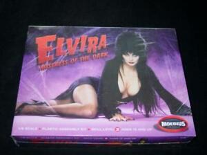 Moebius Models - ELVIRA - Mistress of the Dark (SEALED) 1/8 Model Kit