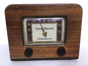 Vintage 1940's Pilot Radio Pilotuner Frequency Modulation Decoration no cord