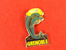 pins pin dolphin dauphin grenoble