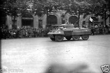Libération de Paris Foule tank char militaire - Ancien négatif photo 1944