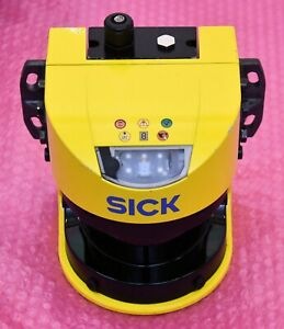 Sick Sicherheits Laserscanner S30A-6011BA  Ident No.:1023546 incl Halter/Stecker