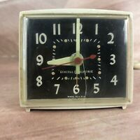 GE General Electric Vintage clock 7261A Alarm USA Made