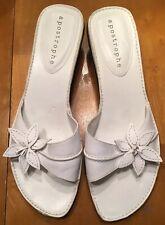 Apostrophe Womens Lynette White Leather Slide Sandals Size 91/2M