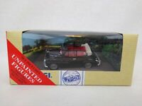 Corgi 97345 Morris Minor Convertible with Figure & Lampost Free Postage